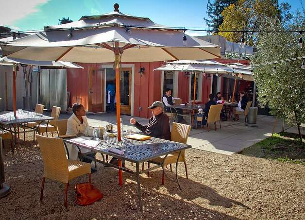 The patio at Mateo's Cocina Latina in Healdsburg, Calif., is seen on Friday, November 11,  2011. Photo: John Storey, Special To The Chronicle