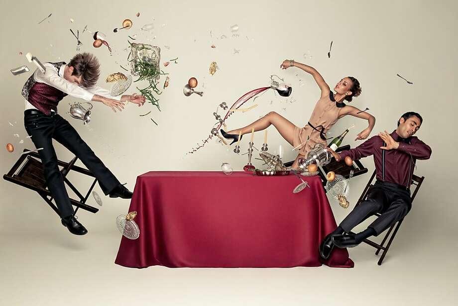 Dancers: Benjamin Levy, Melodie Casta, Scott Marlowe Photography by: Rapt Productions / Kitfox Valentin Photo: Kitfox Valentin