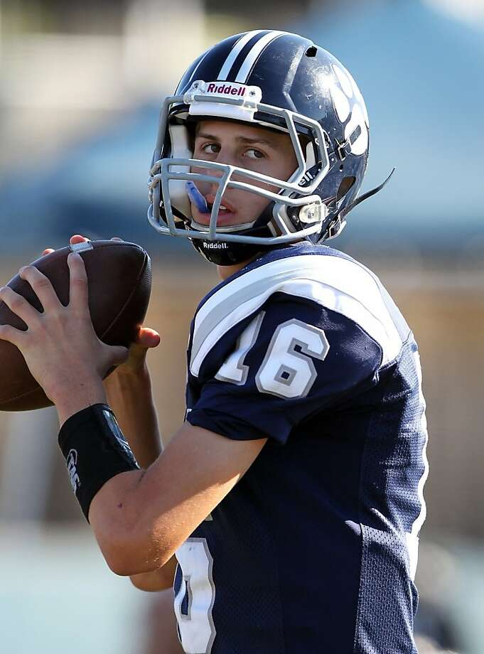 Marin Catholic quarterback Jared Goff Photo: Dennis Lee