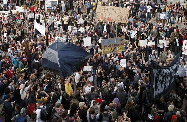 Thousands from Occupy Cal and joined by members of Occupy Oakland , on Tuesday November 15, 2011 in Berkeley, Ca., gather for a general assembly and rally this afternoon, in front of Sproul Hall on the  UC Berkeley campus. Photo: Michael Macor, The Chronicle