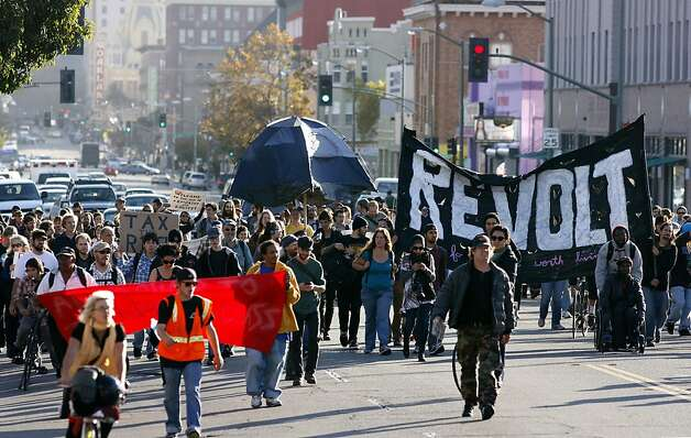 Members of Occupy Oakland march their way up Telegraph Ave., on Tuesday November 15, 2011 in Oakland, Ca., to the UC Berkeley campus for a hugh rally this afternoon. Photo: Michael Macor, The Chronicle