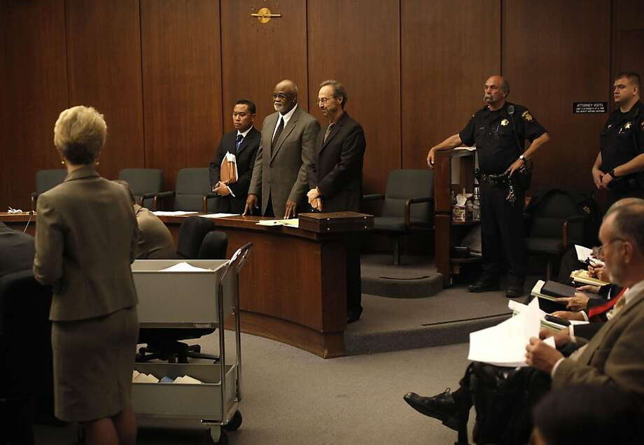 In this file photo, lawyers and defendents in San Mateo County Court in Redwood City. Photo: Michael Macor, The Chronicle