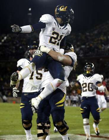 University of California Keenan Allen catches a Zach Maynard touchdown pass in the second quarter against the Stanford Cardinal in the annual Big Game in Stanford California Saturday November 19, 2011 Photo: Lance Iversen, The Chronicle