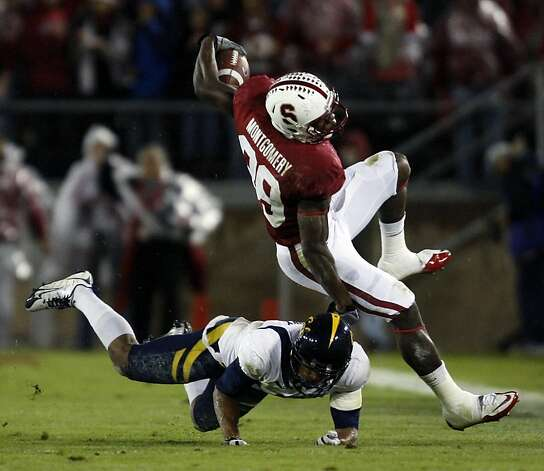 Stanford Cardinal Ty Montgomery catches an 11 yard pass Andrew Luck for a first down in the first quarter against the California Bears at Stanford Stadium on November 19, 2011 in Stanford, California. Photo: Lance Iversen, The Chronicle
