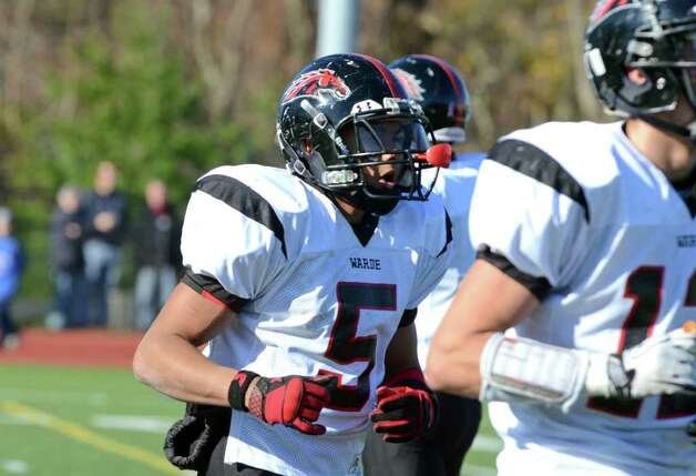 Fairfield Warde's Devin Lofton (5) during the Thanksgiving day football game against Fairfield Ludlowe at Fairfield Ludlowe High School on Thursday, Nov. 24, 2011. Photo: Amy Mortensen / Connecticut Post Freelance