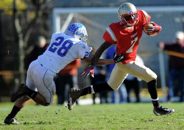 Scenes from the annual Thanksgiving Day football game between Stratford High School and Bunnell High School Thursday, Nov. 24, 2011 at Penders Field in Stratford, Conn. Photo: Autumn Driscoll / Connecticut Post