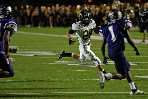 Vidor's Celly Thomas runs the ball deep against the Wildcats at Galena Park Stadium Friday night. Photo taken Friday, November 25, 2011 Guiseppe Barranco/The Enterprise