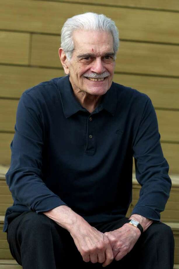 "Actor Omar Sharif poses during a photo call for the  ""Medfilm, Mediterranian Film Festival"" lifetime achievement award, in Rome, Thursday, Nov. 24, 2011. (AP Photo/Andrew Medichini) Photo: Andrew Medichini / AP"