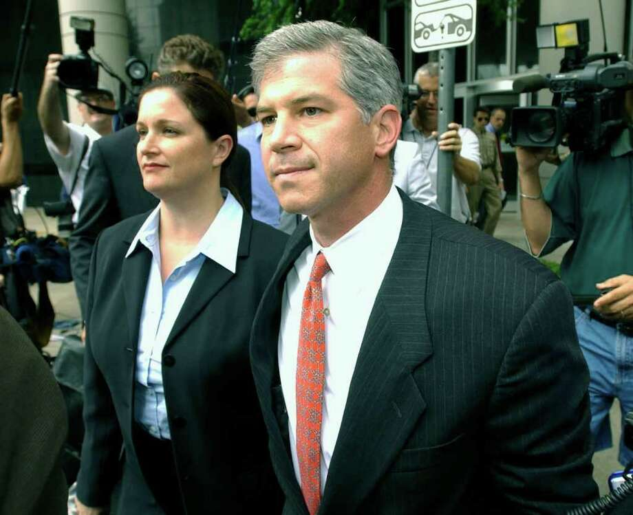 Lea Fastow and her husband, former Enron Chief Financial Officer Andrew Fastow, leave the Houston federal courthouse in 2003 after she was indicted on charges related to the Enron scandal. She would serve a year in prison. His sentence officially ends next month. Photo: Brett Coomer / Getty Images North America