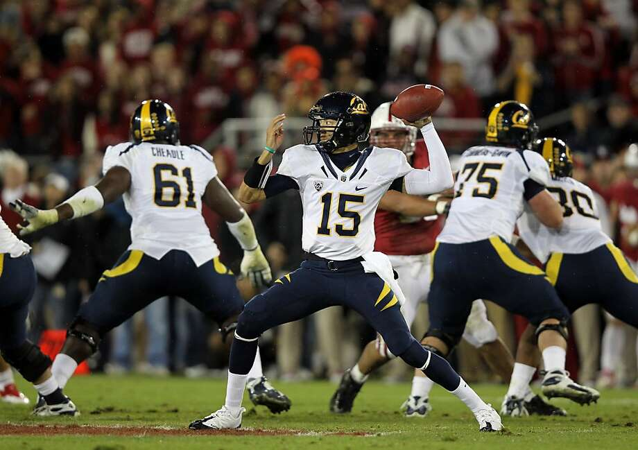 STANFORD, CA - NOVEMBER 19:  Zach Maynard #15 of the California Golden Bears throws the ball during their game against the Stanford Cardinal at Stanford Stadium on November 19, 2011 in Stanford, California.  (Photo by Ezra Shaw/Getty Images) Photo: Ezra Shaw, Getty Images