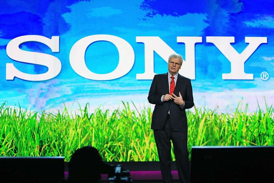 LAS VEGAS - FILE:  Sony Corp. Chairman and CEO Sir Howard Stringer gives his keynote address at the Venetian during the 2009 International Consumer Electronics Show (CES) January 8, 2009 in Las Vegas, Nevada. According to reports November 2, 2011, Sony announced $346 million loss this quarter, making the Japanese electronic company on track for a fourth straight year in the red.  (Photo by David McNew/Getty Images) Photo: David McNew, Getty Images
