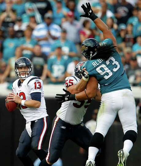POCKET PRESENCE: When the Texans plucked quarterback T.J. Yates (13) out of North Carolina in April, they liked how similar he was to their starter at the time, Matt Schaub. Photo: Karen Warren / © 2011 Houston Chronicle