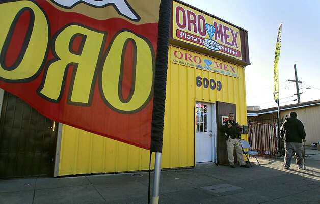 Oro Mex, on International Bloulevard, in Oakland, Ca., on Tuesday November 22, 2011, is one of the current shops that has a second hand jewelry dealers permit. Oakland has established a moratorium on licensing new pawn shops as city leaders say the shops are increasingly traffiking in illegal goods from robbers and thieves and melting down the gold and precious metals which is of particular concern. Photo: Michael Macor, The Chronicle