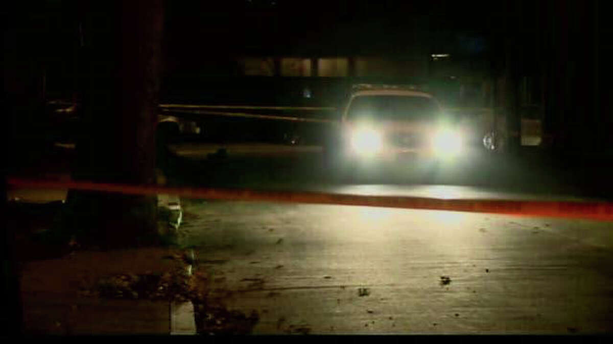 New Haven police investigate the city's 31st homicide of 2011, which took place on Sunday, Nov. 27.