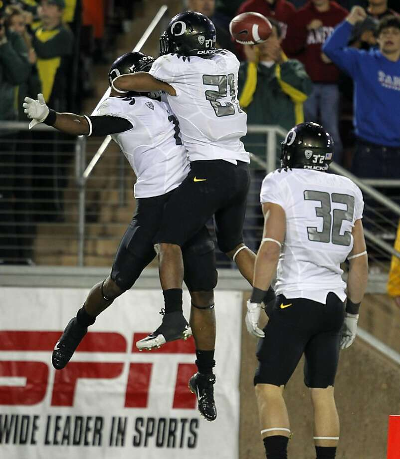 Oregon's Josh HUff, (1) celebrates his 72 yard run in the third quarter with  LaMichael James(21), as the Stanford Cardinal go on to lose to the  Oregon Ducks 53-30 at Stanford Stadium, on Saturday November 12, 2011 in Palo Alto, Ca. Photo: Michael Macor, The Chronicle