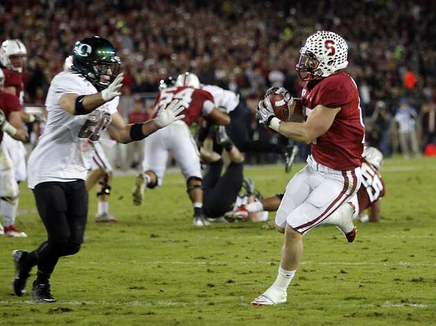 Stanford's Griff Whalen with a second quarter pass reception for a touchdown, covered by Oregon's John Boyett(20), as the Stanford Cardinal takes on the Oregon Ducks at Stanford Stadium, on Saturday November 12, 2011 in Palo Alto, Ca. Photo: Michael Macor, The Chronicle