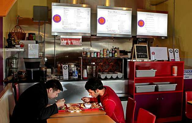Diners enjoy lunch at Thaiger Thai Kitchen in San Mateo, Calif., is seen on Saturday, Nov. 27, 2010. Photo: John Storey, Special To The Chronicle
