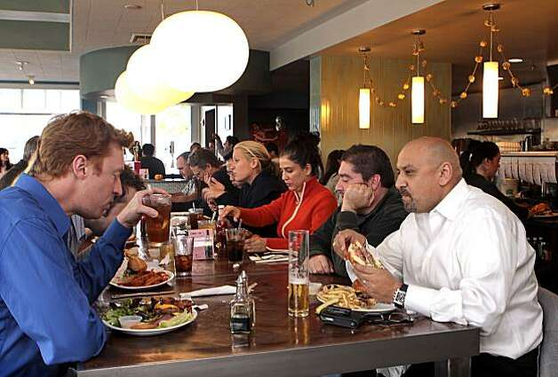 Diners enjoy lunch at Jack's Prime restaurant in San Mateo, Calif., is seen on Friday, Oct. 29, 2010. Photo: John Storey, Special To The Chronicle