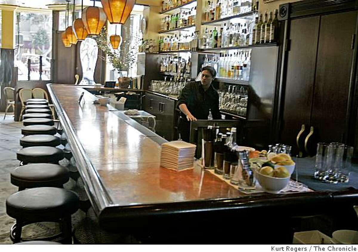 Absinthe at 398 Hayes stStreet date column for 96 hours on Hayes Street.Kurt Rogers San Francisco SFCThe Chronicle