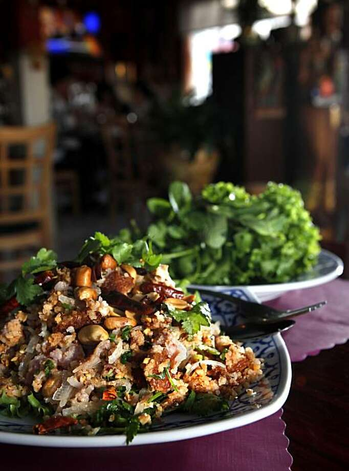 The fried minced pork and rice salad served at Chai Thai Noodles in Oakland. Photo: Carlos Avila Gonzalez, The Chronicle