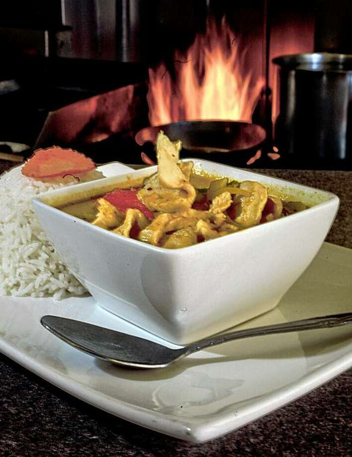 "Yellow Curry Chicken at ""Chilli Cha Cha Thai Noodle"" restaurant in San Francisco, Calif., on Thursday October 1, 2009. Photo: Michael Macor, The Chronicle"