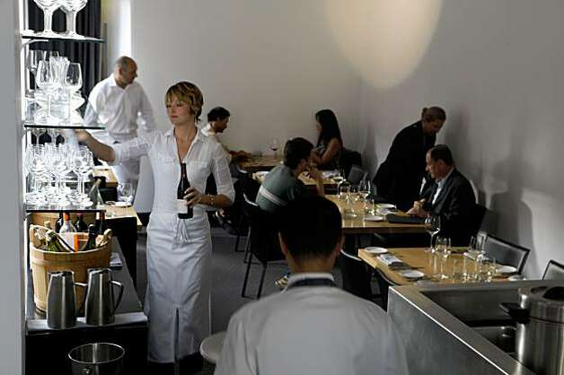 Dinners start the evening at Commis on Piedmont Avenue on Friday Sep. 11, 2009 in Oakland, Calif. Photo: Mike Kepka, The Chronicle
