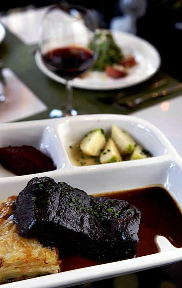 "The new modern Bistro in Berkeley, Five on Allston Way offers a verity of main dishes including Short rib ""pot roast"" seved with cheddar potato gratin. Photo: Lance Iversen, The Chronicle"