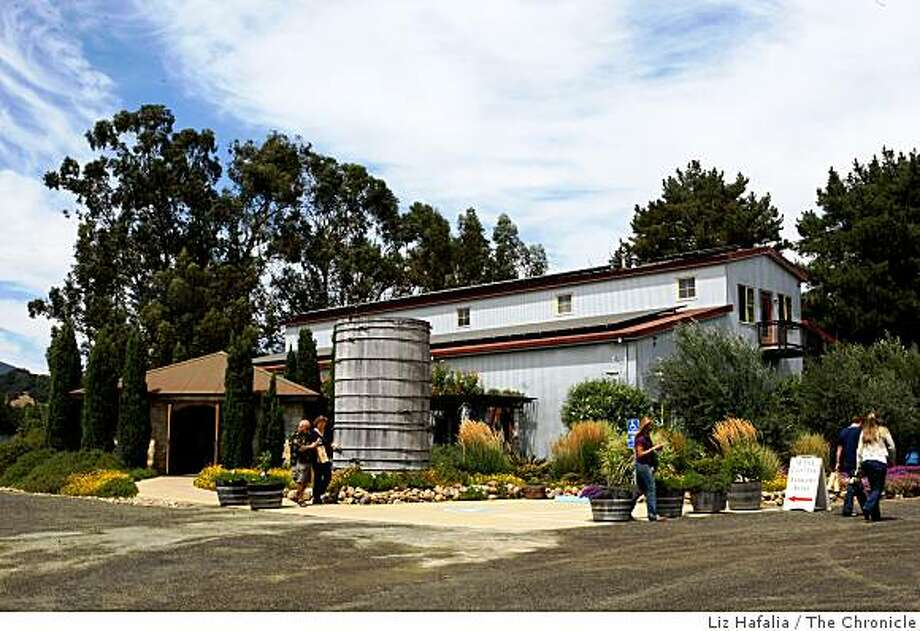 Visitors at Hagafen Cellars tasting room in Napa Calif. on Tuesday August & The Tasting Room: Fine kosher wine in heart of Napa Valley - SFGate