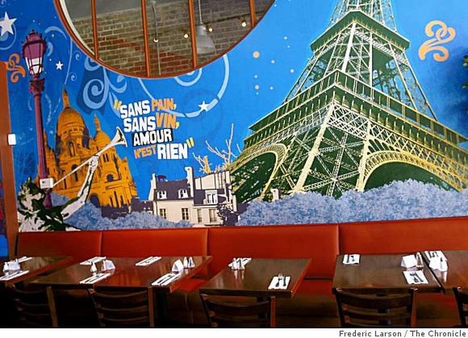 Pendez/Vous Cafe/Bistro on Solano Avenue in Albany  is open for breakgast, lunch and dinner. The restaurant is decorated  with Disney-esque murals and offers as one of their specialties, steak frites on August 20, 2008. 8/20/08 Photo: Frederic Larson, The Chronicle