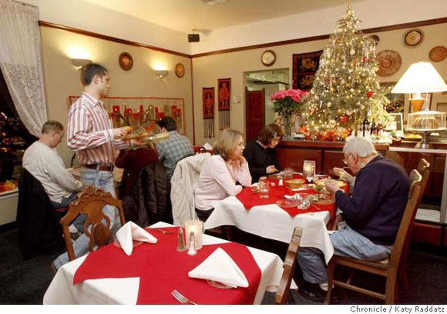 DINE02_CHOPIN  Chopin Cafe, a Polish restaurant in the Palos Verdes Mall in Walnut Creek. These pictures were made on Sunday Dec. 23, 2007, in Walnut Creek, CA. KATY RADDATZ/The Chronicle MANDATORY CREDIT FOR PHOTOG AND SAN FRANCISCO CHRONICLE/NO SALES-MAGS OUT Photo: KATY RADDATZ