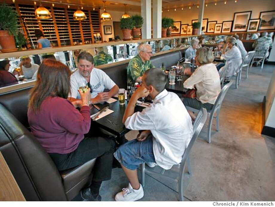 � d.22BARBERS_048_KK.JPG Review of Barber's Q, a barbecue restaurant in Napa. Photo by Kim Komenich/The Chronicle MANDATORY CREDIT FOR PHOTOG AND SAN FRANCISCO CHRONICLE. NO SALES- MAGS OUT. Photo: Kim Komenich