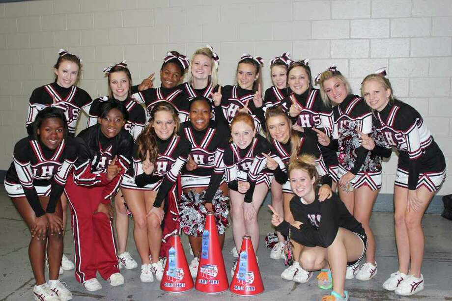 Jasper High School cheerleaders Photo: Courtesy Photo