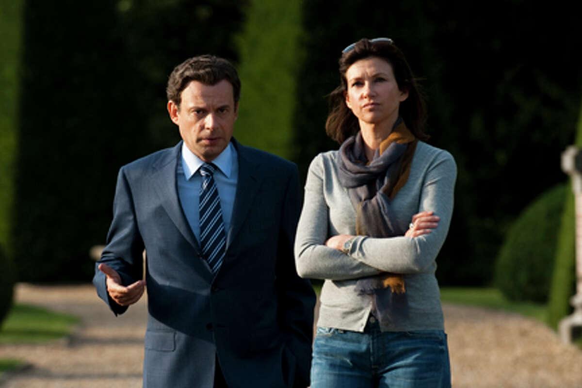 Denis Podalydés as Nicolas Sarkozy and Florence Pernel as Cécilia Sarkozy in