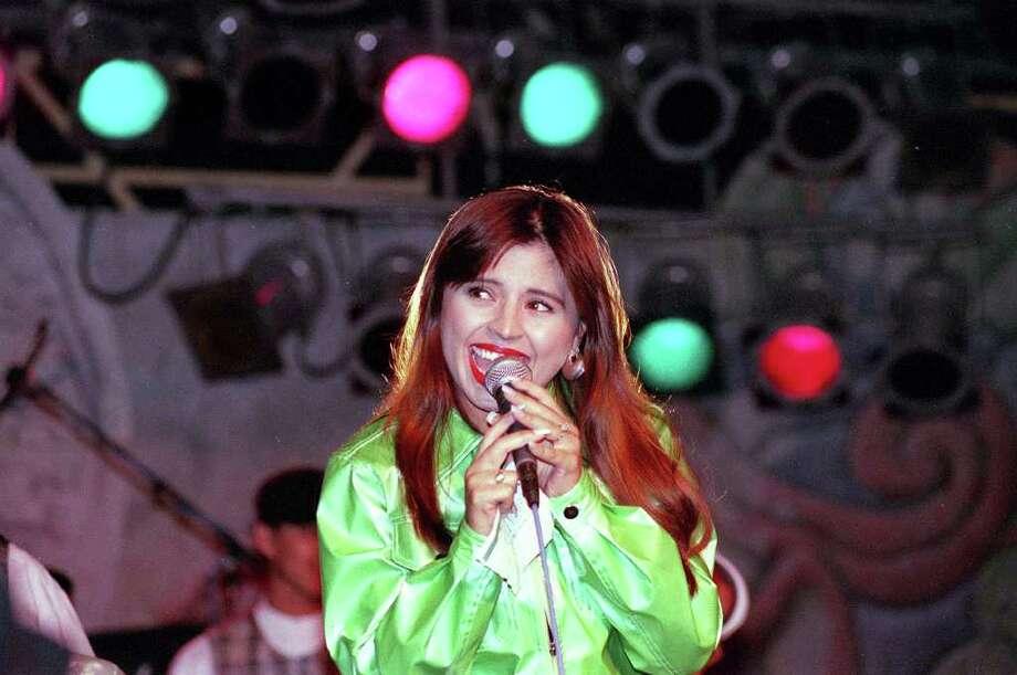 Elida Y AvanteSunday, April 27 at 6:30 p.m.Center Stage Photo: Bob Owen