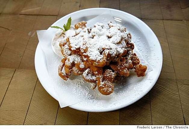 "Bar restaurant 15 Romolo serves a food dish called ""Funnel Cake"" located off Broadway in San Francisco on May 20, 2009. Photo: Frederic Larson, The Chronicle"