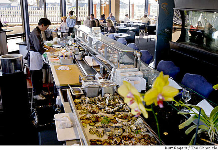 The Sushi Bar at  Crab Landing a new restaurant at princeton Harbor. on Tuesday Feb 3,  2009 in Half Moon Bay , Calif Photo: Kurt Rogers, The Chronicle