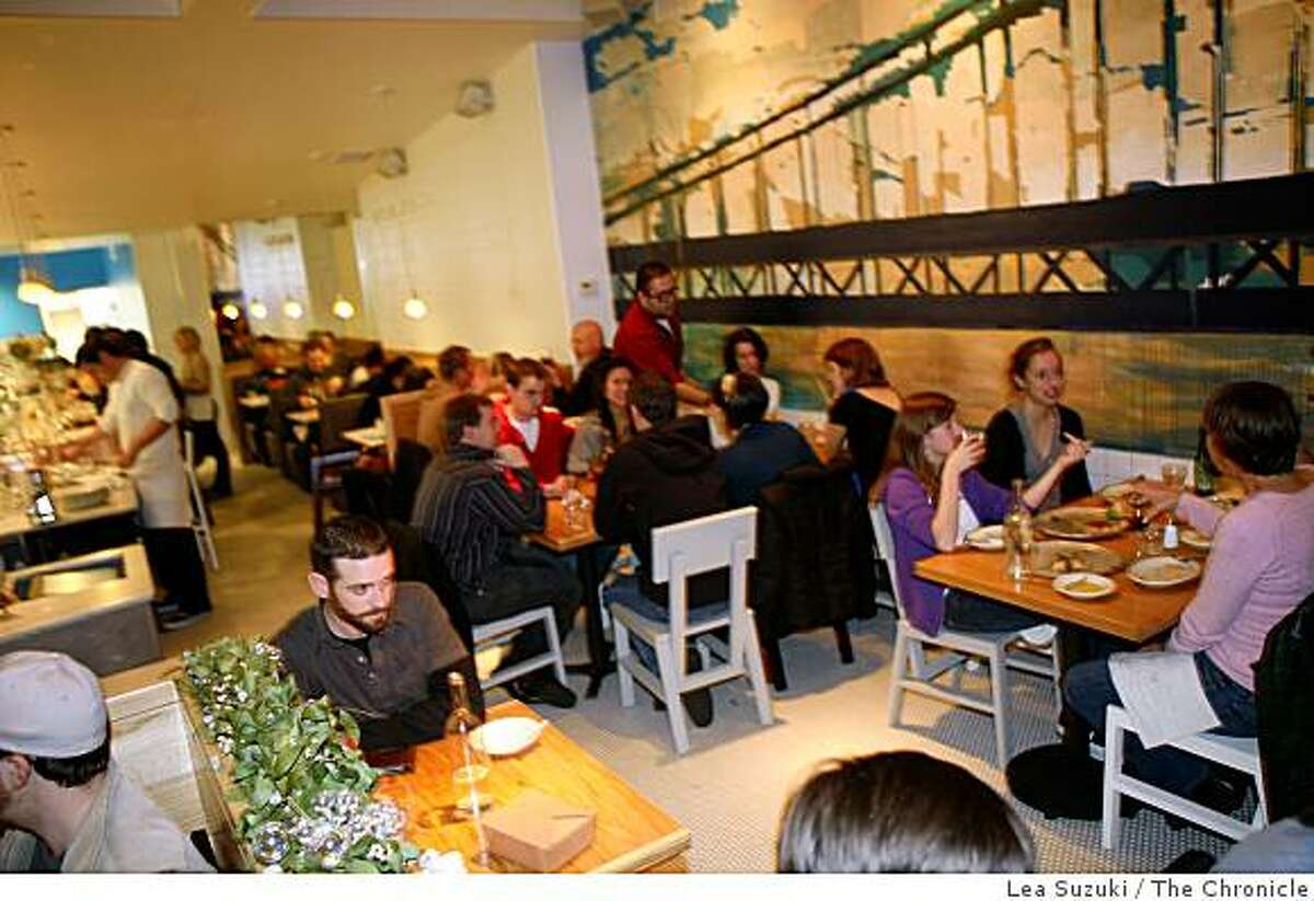 Diners enjoy their meal at Pizzeria Delfina in San Francisco, Calif. on Sunday, December 28, 2008.