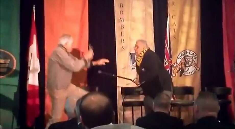 Cal legend Joe Kapp, who both quarterbacked and coached the Golden Bears, got into a physcial altercation Friday night with former CFL rival Angelo Mosca, a defensive tackle with the Hamilton Tigers-Cats back in the day who used to hook horns with Kapp. Photo: You Tube