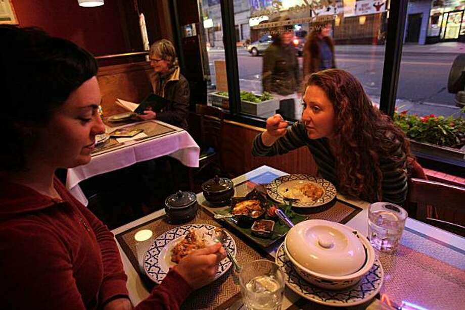 Diana Smith (left) and Kate Nichols dine at Angkor Borei, a Mission District Cambodian restaurant in San Francisco, Calif., on Friday, May 30, 2008. Photo: Laura Morton, The Chronicle
