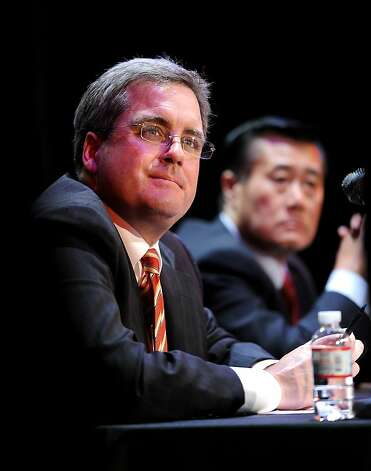 San Francisco City Attorney Dennis Herrera debates State Sen. Leland Yee, right, on Tuesday, July 19, 2011, in San Francisco. Both are running for mayor of San Francisco. Photo: Noah Berger, Special To The Chronicle