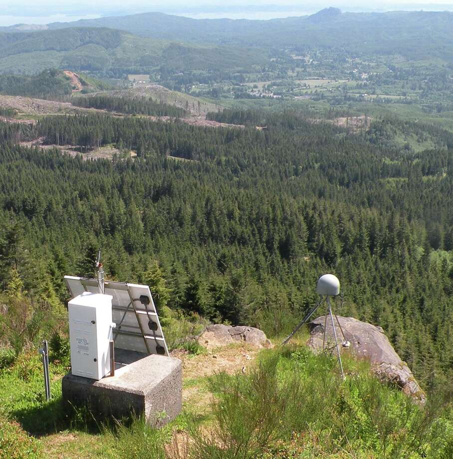 The GPS part of an advanced seismometer is on Radar Ridge outside Astoria, Ore. The installation is part of the Pacific Northwest Seismic Network. (Credit: Pacific Northwest Seismic Network)