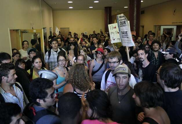 University students take over a lobby inside Tolman Hall at UC Berkeley on Thursday, Sept. 22, 2011. The protesters are angered by rising tuition fees and cutbacks in classes. Photo: Paul Chinn, The Chronicle