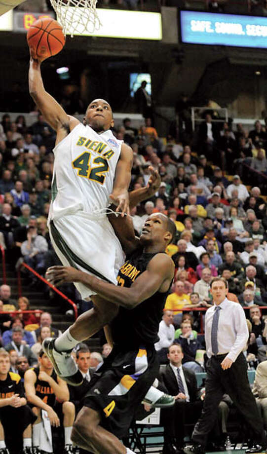 Siena versus UAlbany basketball (Photo by Cindy Schultz/Times Union) Photo: CINDY SCHULTZ / 00006693A