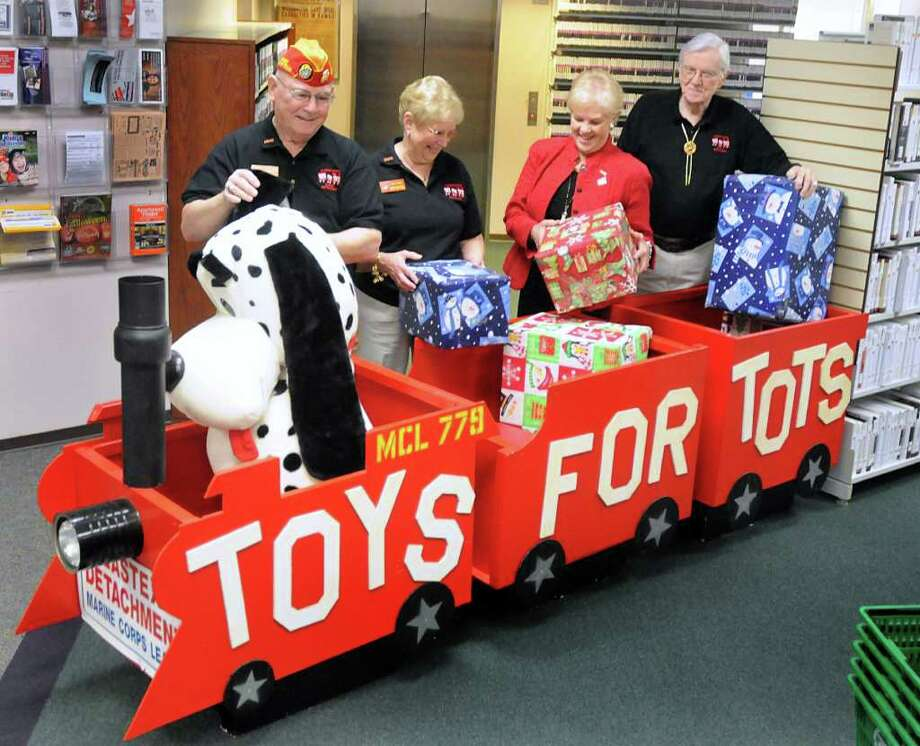 Display Toys For Tots : Holiday toy drive is under way houston chronicle