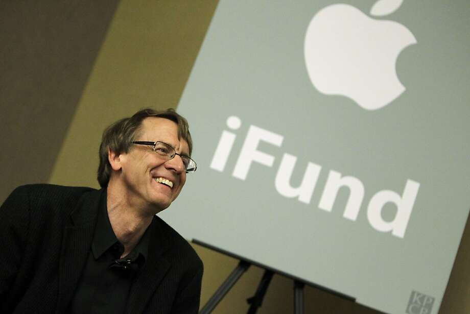 John Doerr, partner with the venture capital firm Kleiner, Perkins, Caufield and Byers, smiles during an announcement of the firm's plan to double its fund to $200 million for applications for Apple products in Palo Alto, Calif., Wednesday, March 31, 2010. The announcement comes within days of Apple's official launch of the iPad tablet. (AP Photo/Marcio Jose Sanchez)  Ran on: 04-04-2010 John Doerr, a Kleiner Perkins Caufield & Byers partner. Photo: Marcio Jose Sanchez, Associated Press