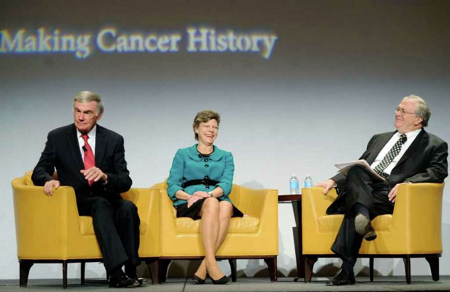 "Veteran journalists Sam Donaldson, left, Cokie Roberts and Tom Johnson chat onstage during the MD Anderson ""A Conversation with a Living Legend"" luncheon at the Rivercenter Marriott on Tuesday. Photo: BILLY CALZADA, SAN ANTONIO EXPRESS-NEWS / gcalzada@express-news.net"