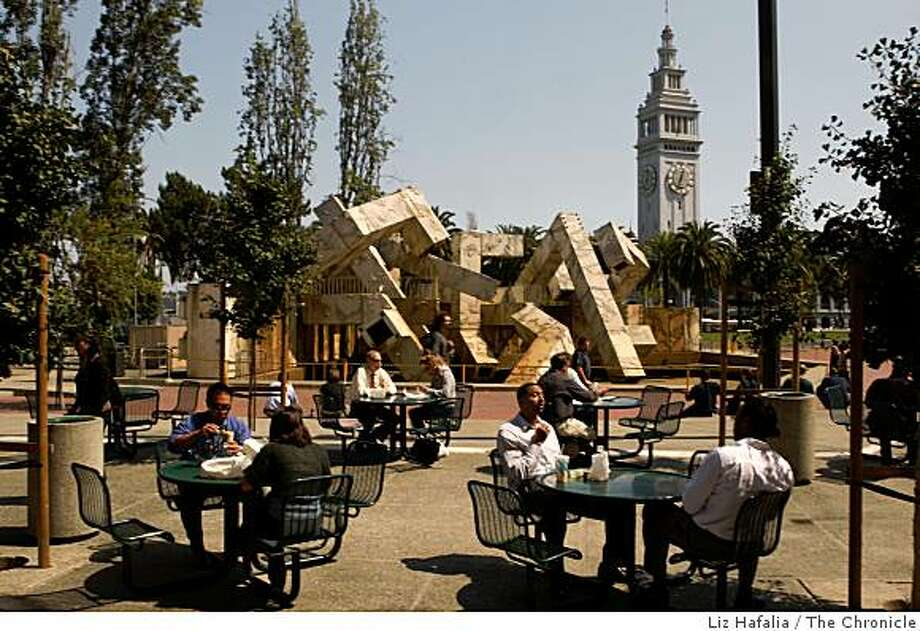The Vaillancourt Fountain in Justin Herman Plaza  in the Embarcadero in San Francisco, Calif., on Wednesday, September 9, 2008. Photo: Liz Hafalia, The Chronicle