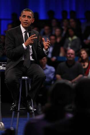 "President Obama answers a question during the ""Putting America Back to Work"" LinkedIn Town Hall at the Computer History Museum in Mountain View, Calif., on Monday, September 26, 2011. Photo: Lea Suzuki, The Chronicle"