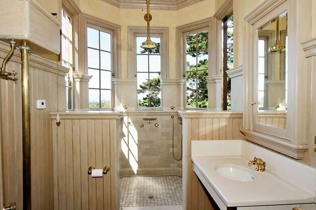 Modern convenience and luxury merges with Victorian detail in the master bath. Photo:  Liz Rusby, The Grubb Co.