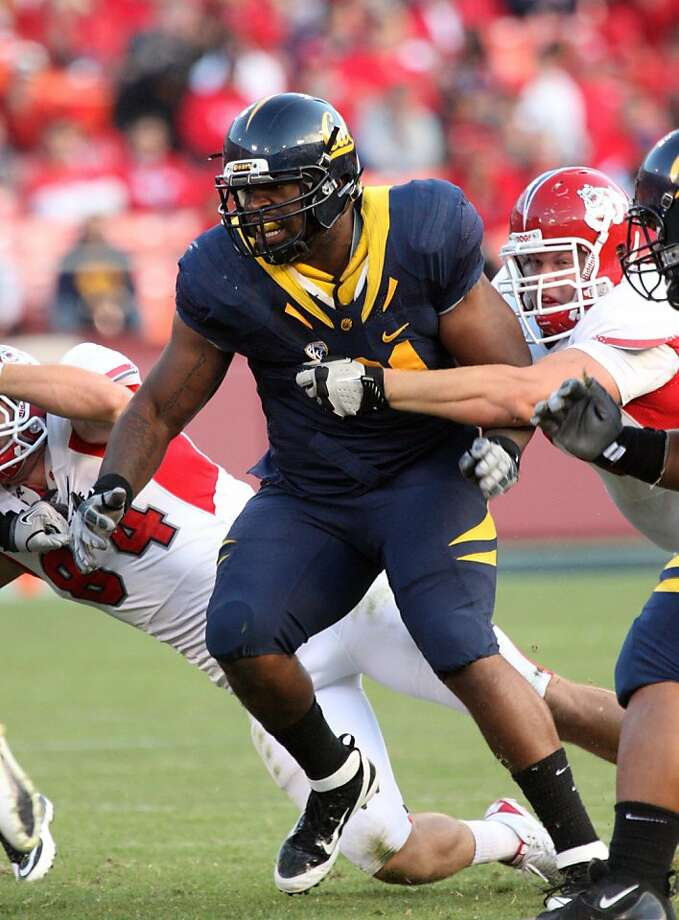 DeAndre Coleman, Cal football, against Fresno State, Sept. 3, 2011. Photo: GoldenBearSports.com
